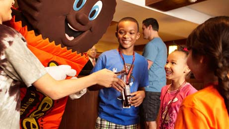 Kids' Check-In with Hershey's Characters